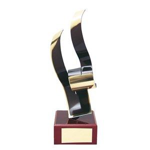 Trofeo artístico  varios tamaños.  Ref - BP280