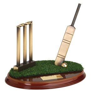 Trofeo cricket  varios tamaños.  Ref - BP393
