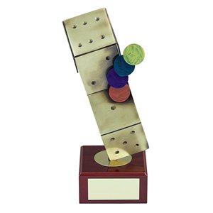Trofeo dado parchís  varios tamaños.  Ref - BP642